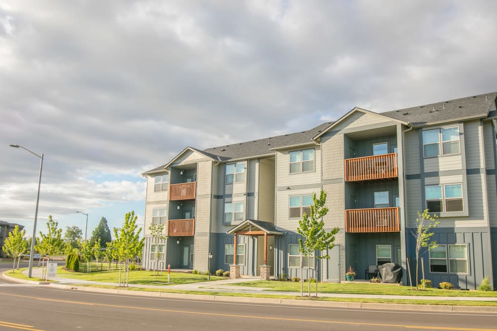 Street view of Keizer Station Apartments in Keizer, Oregon