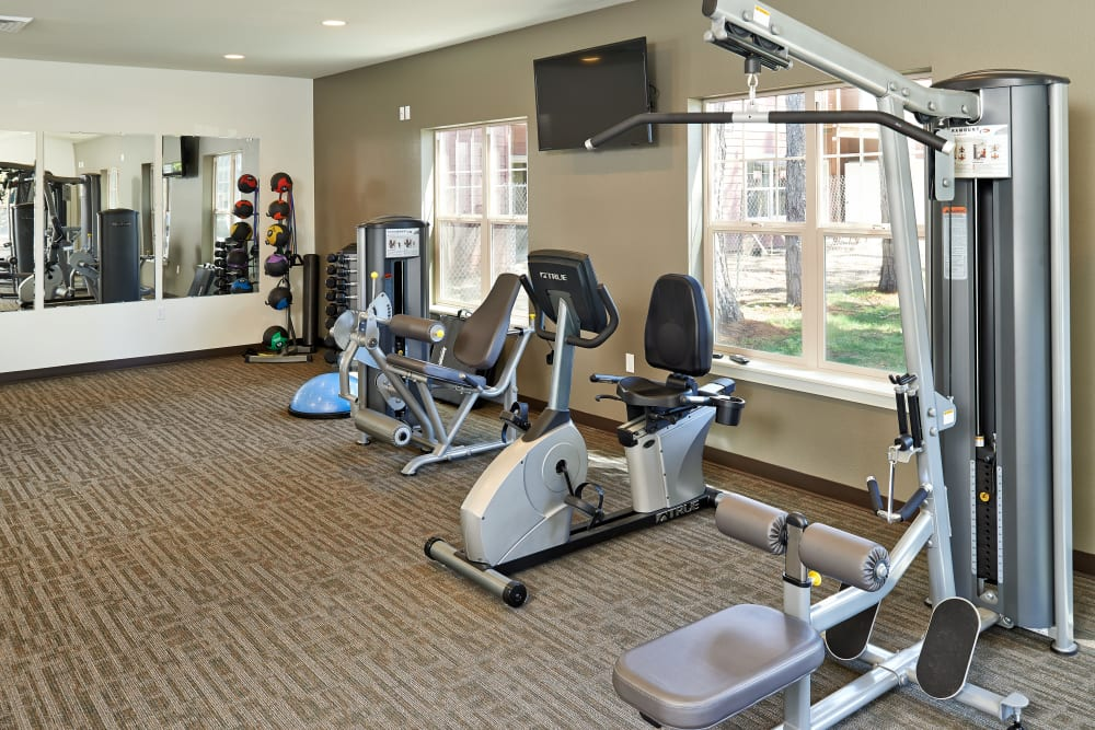 Gym for residents at Heritage Meadow Apartments in Eugene, Oregon