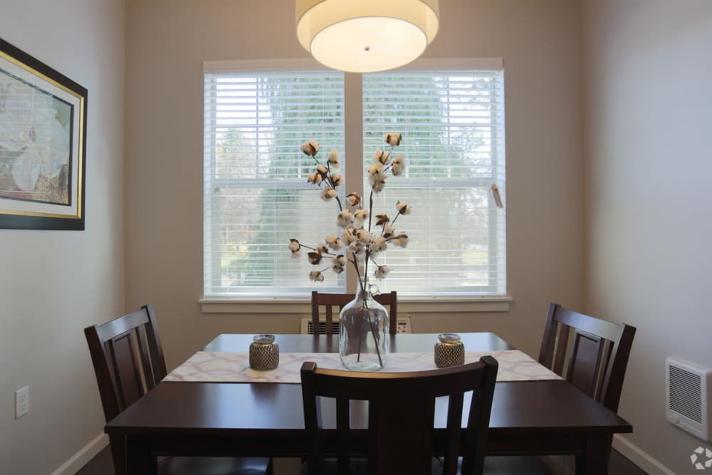 Dining room at The Fairway Apartments in Salem, Oregon