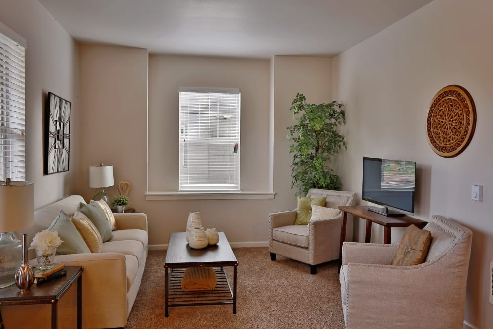 Living room at The Fairway Apartments in Salem, Oregon