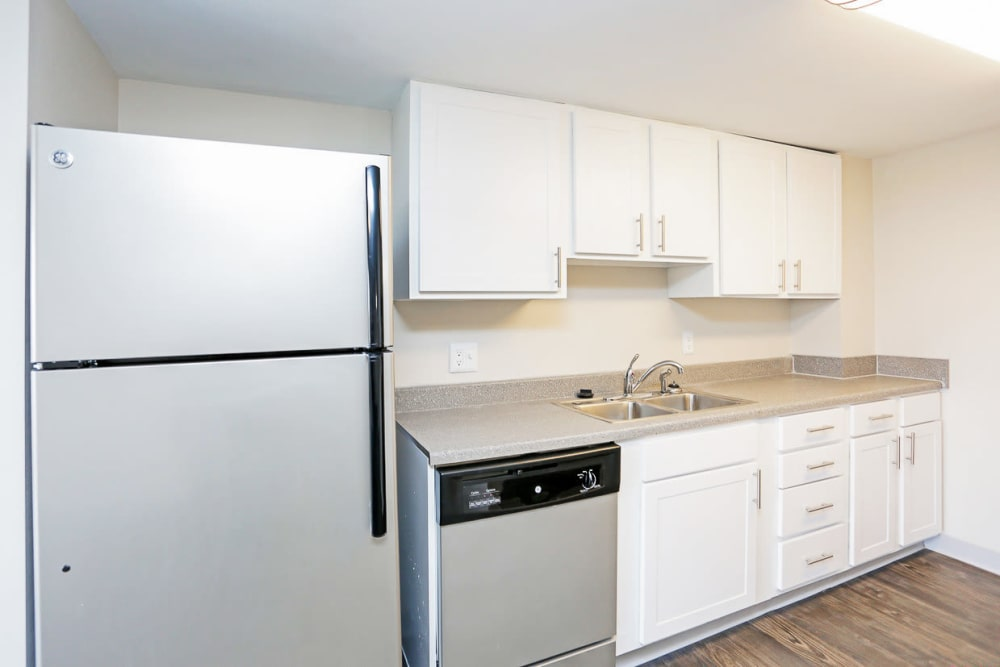 Apartments with Stainless-Steel Appliances in Des Moines, Iowa