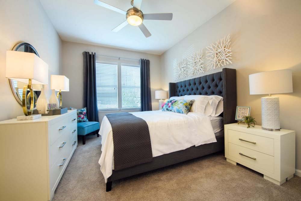 Enjoy apartments with a spacious master bedroom at Park Rowe Village at Perkins Rowe