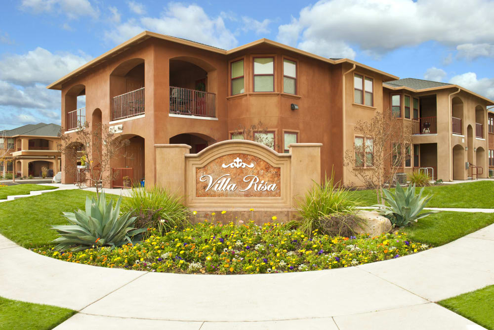 Front sign at Villa Risa Apartments in Chico, California