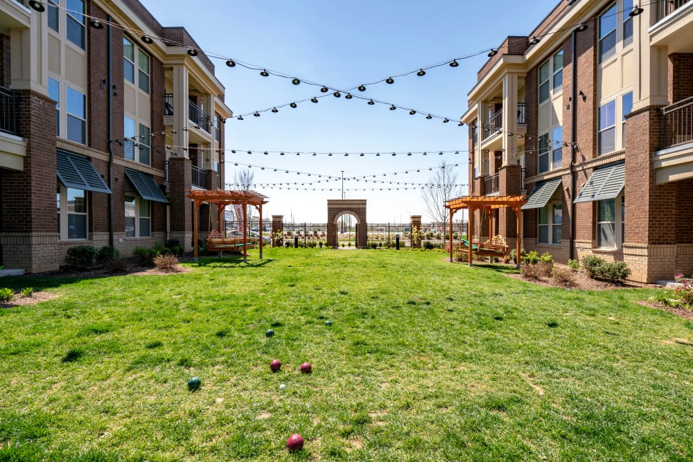 Exterior courtyard at The Sawyer at One Bellevue Place in Nashville, Tennessee
