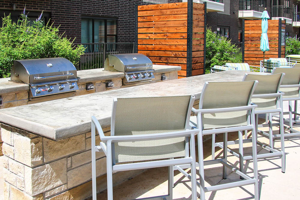 Grilling station at Axis 3700 in Plano, Texas