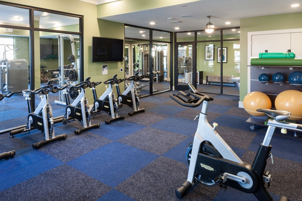 Fitness center for residents at Axis 3700 in Plano, Texas