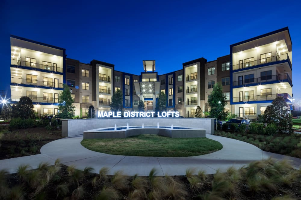Evening view of Maple District Lofts in Dallas, Texas
