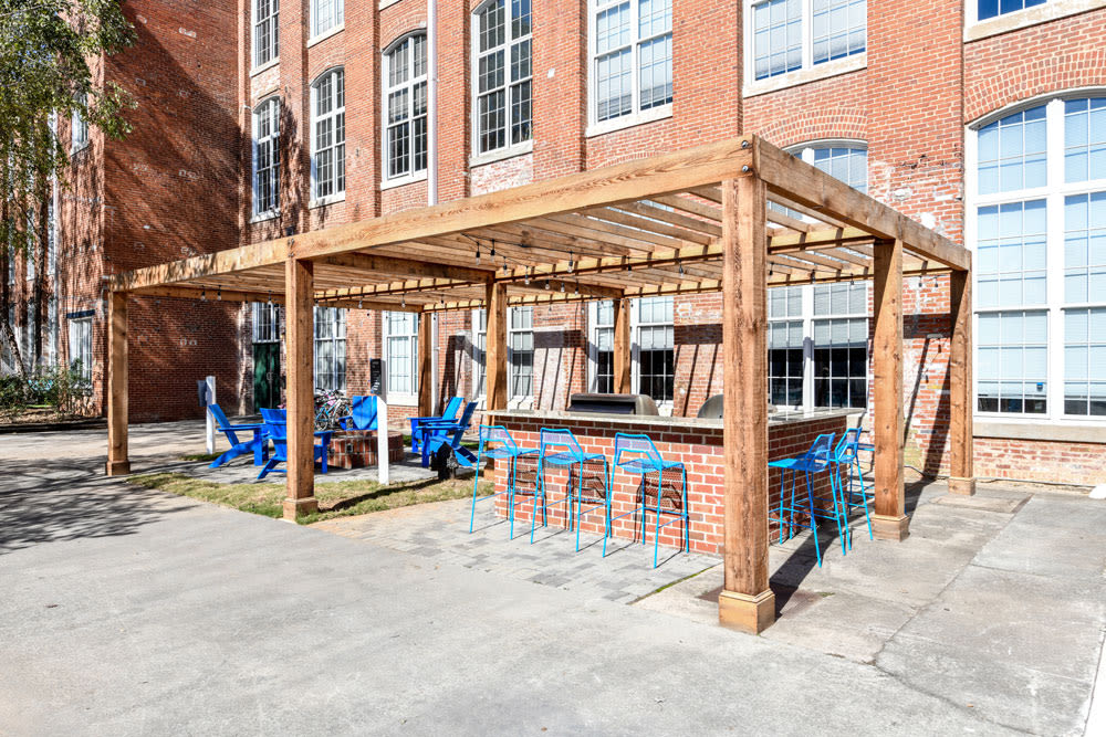 Patio seating at Canton Mill Lofts in Canton, Georgia
