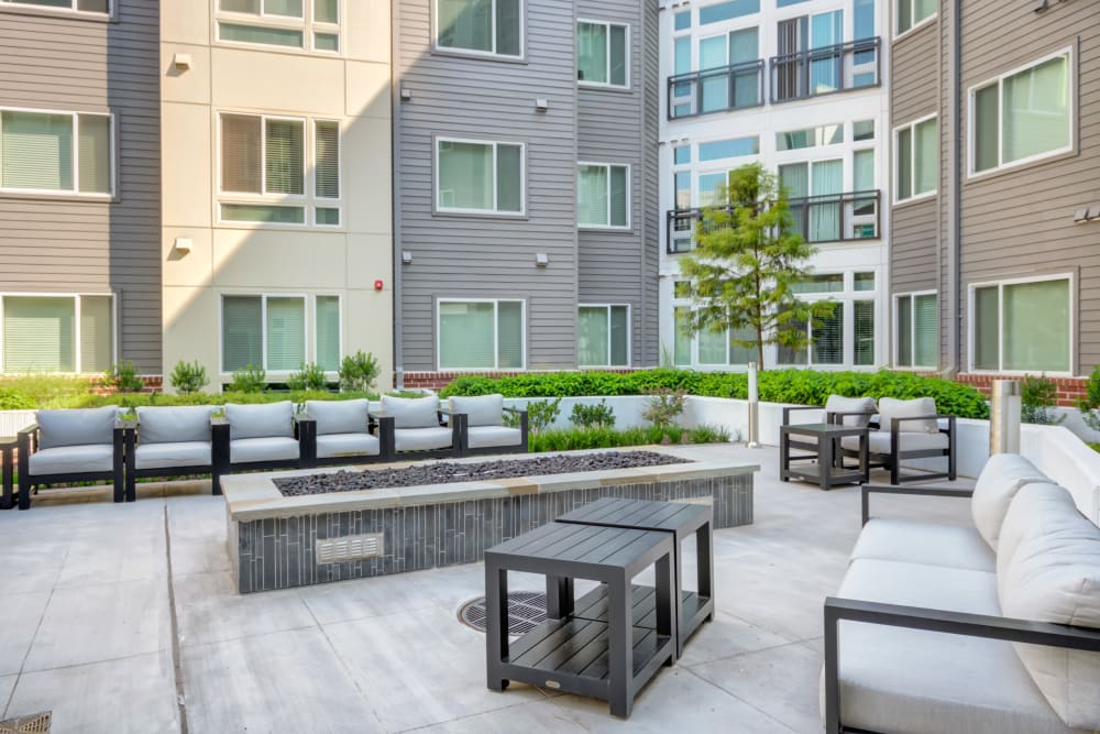 Outdoor modern community seating area at Crossings at Olde Towne