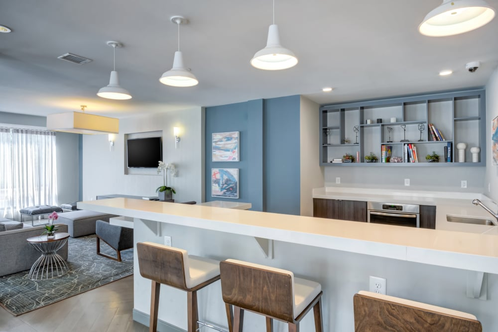 Clear living space at Crossings at Olde Towne in Gaithersburg, Maryland