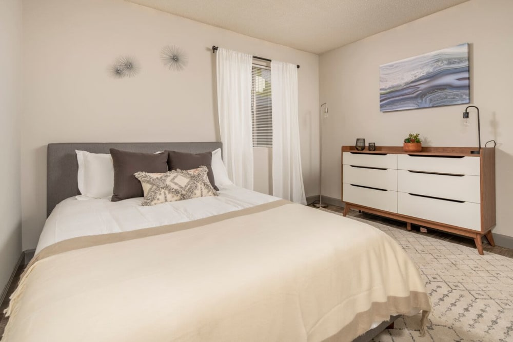 Our spacious apartments in Tucson, Arizona showcase a bedroom