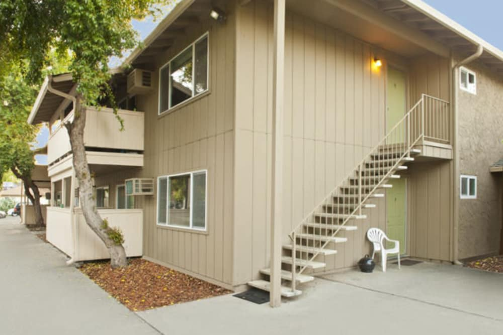 Exterior view of units at Ash Street Apartments in Chico, California