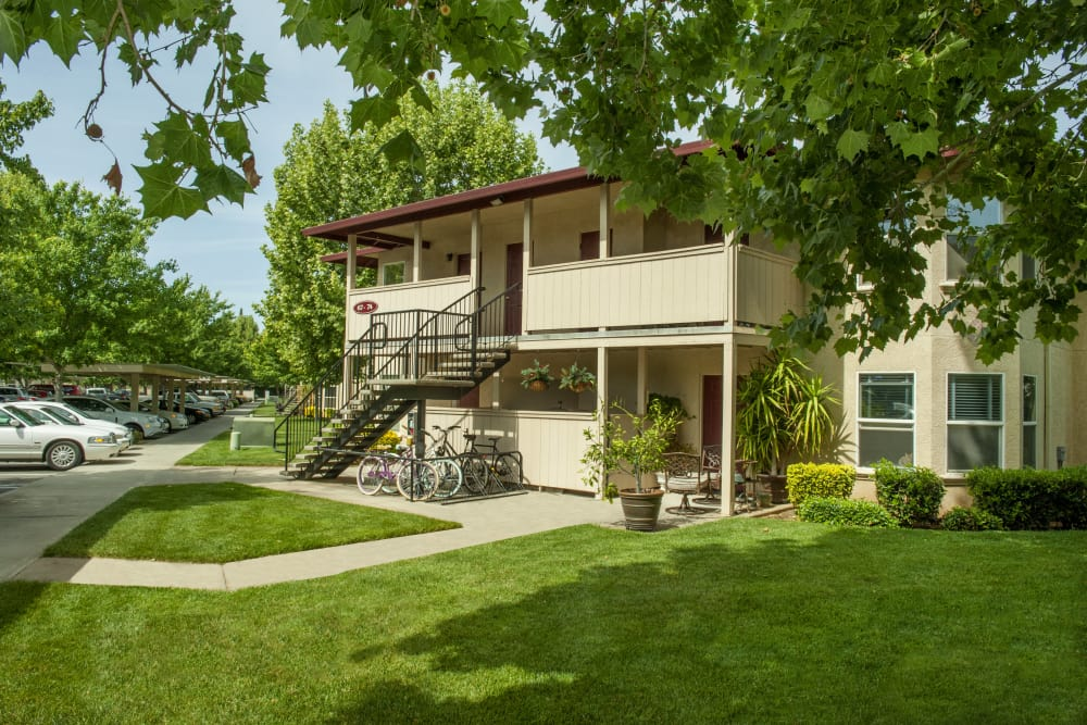 Front exterior at Mission Ranch Apartments in Chico, California
