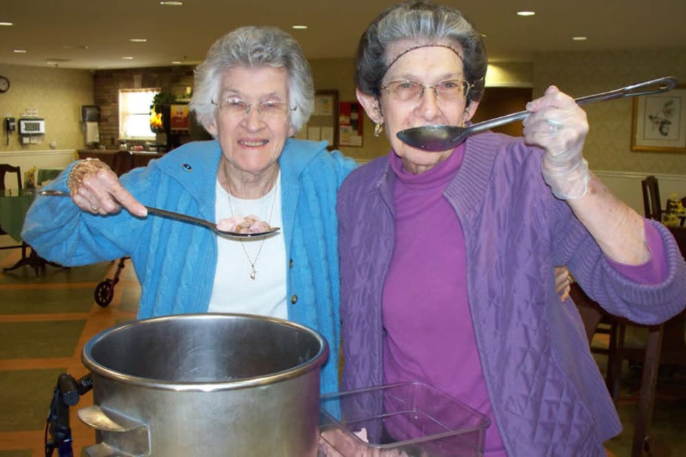 Residents trying the meal they made at Heritage Hill Senior Community in Weatherly, Pennsylvania