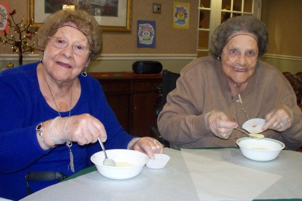 Residents mixing glue for a craft at Heritage Hill Senior Community in Weatherly, Pennsylvania