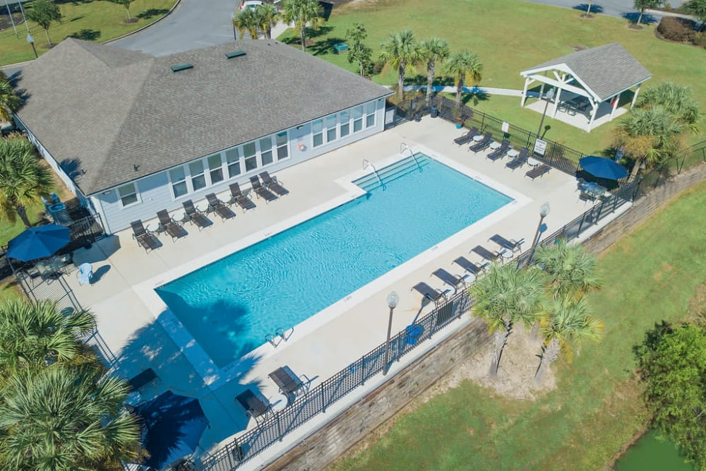 Luxury swimming pool at Woodside in Mobile, Alabama