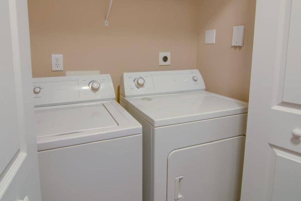 Modern apartments with energy-efficient appliances in Stockbridge, Georgia
