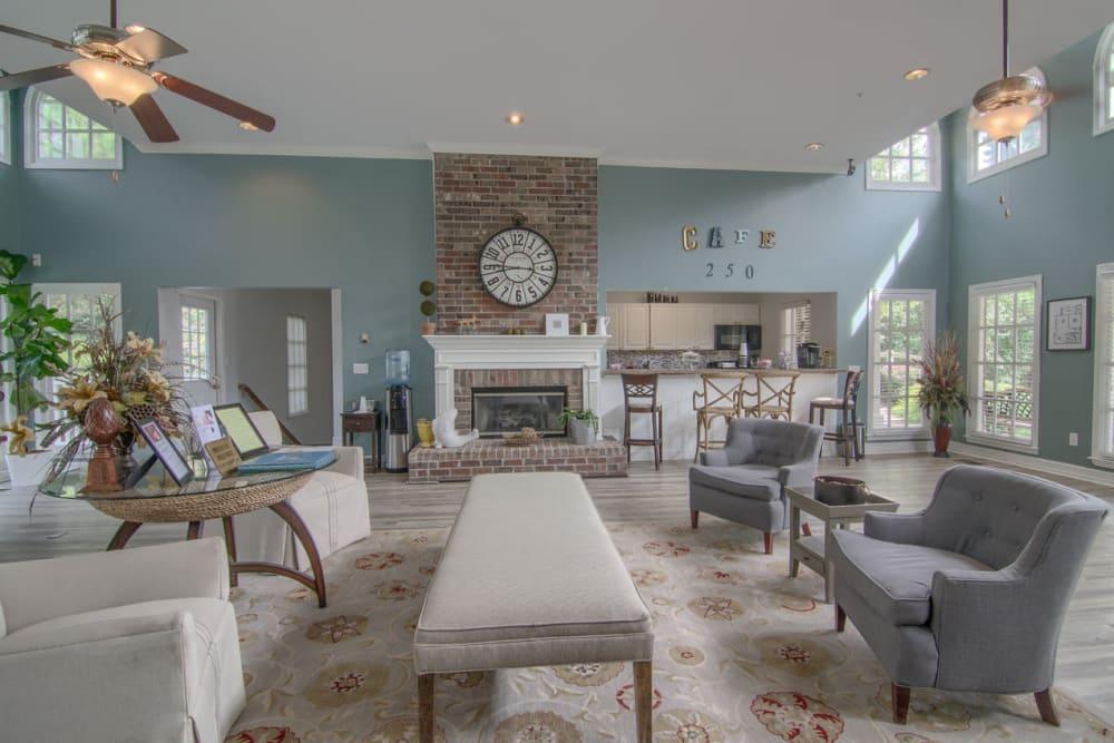 Beautiful lounge at North Park at Eagle's Landing in Stockbridge, Georgia