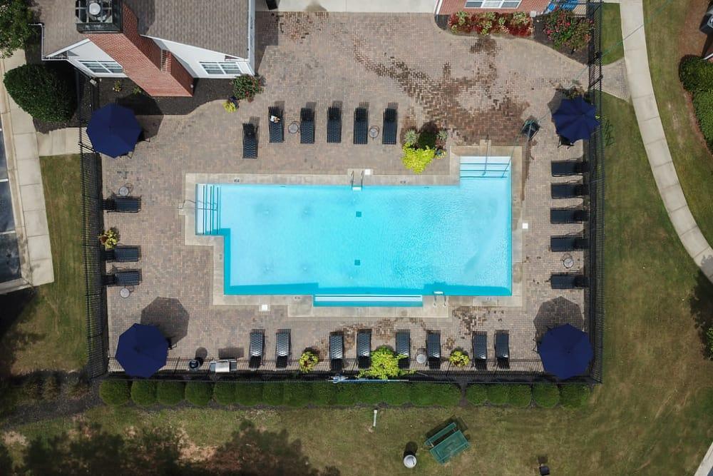 Luxury swimming pool at Villas by the Lake in Jonesboro, Georgia