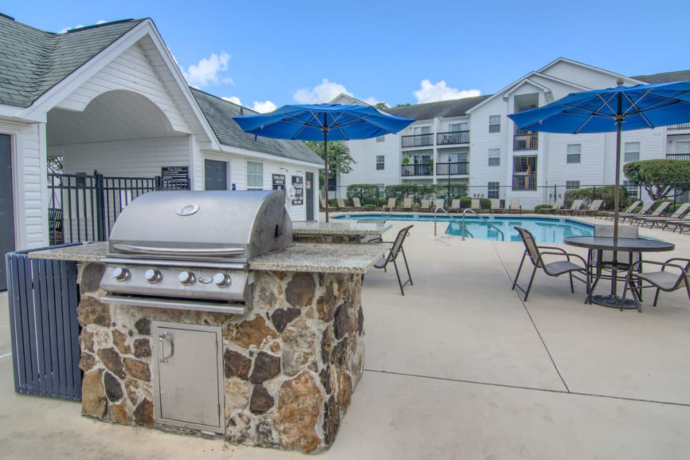 Luxury BBQ area at Claypond Commons in Myrtle Beach, South Carolina