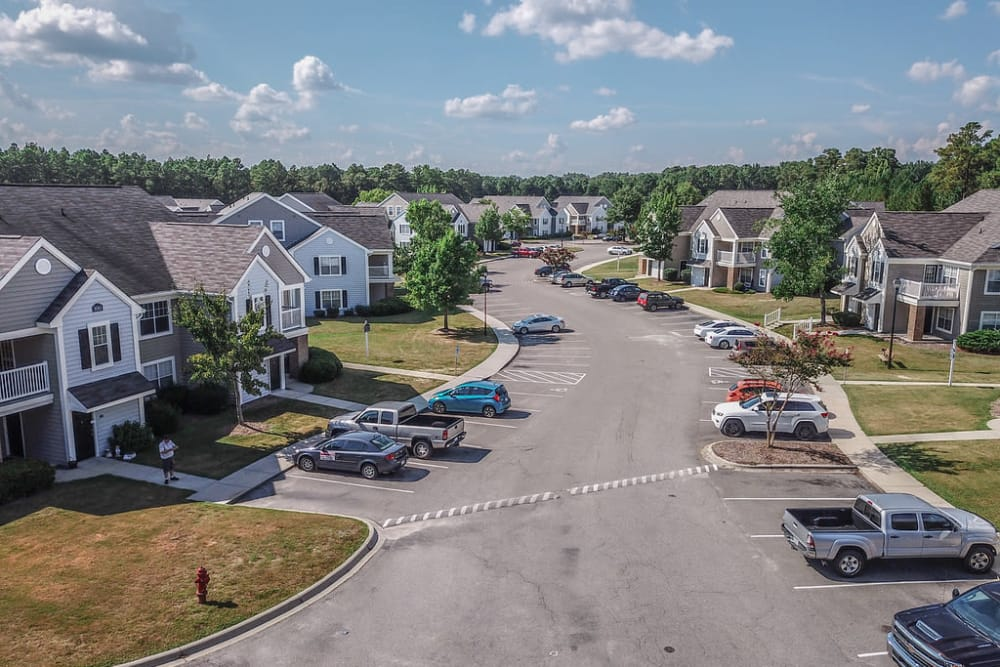 Beautiful apartments at Park at Clearwater in Aberdeen, North Carolina
