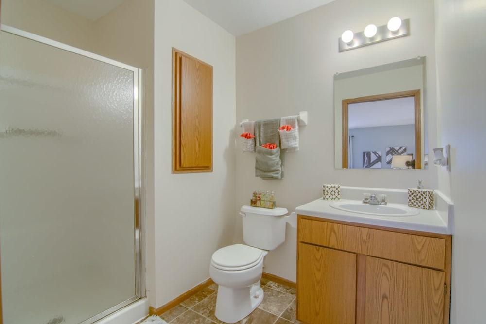 Luxury bathroom at Gateway Lakes Apartments in Grove City, Ohio