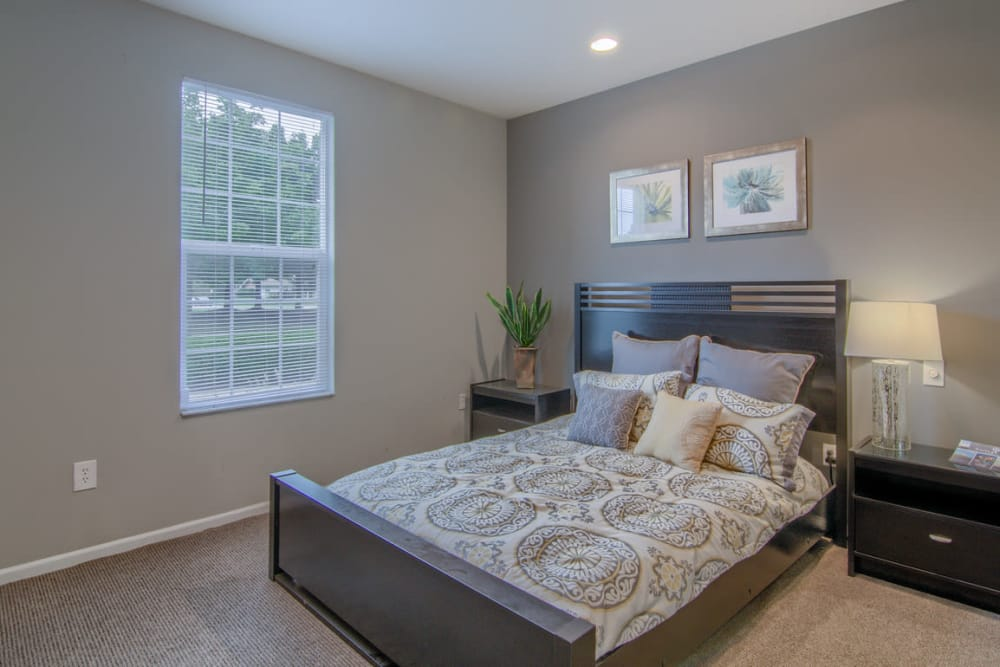 Luxury bedroom at College Park in Columbus, Ohio