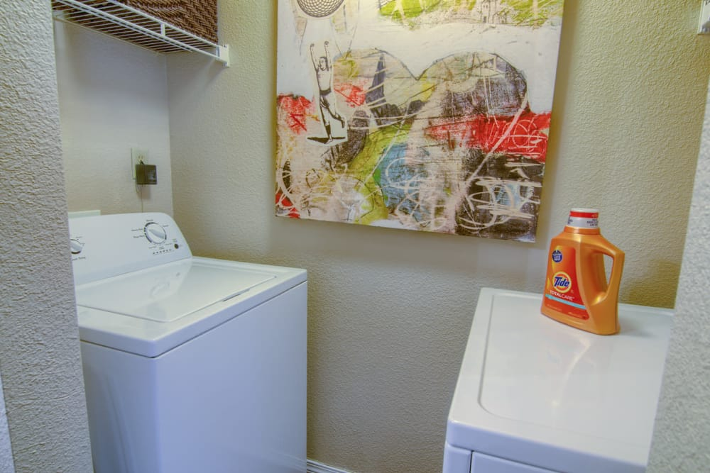 Modern apartments with energy-efficient appliances in Moore, Oklahoma