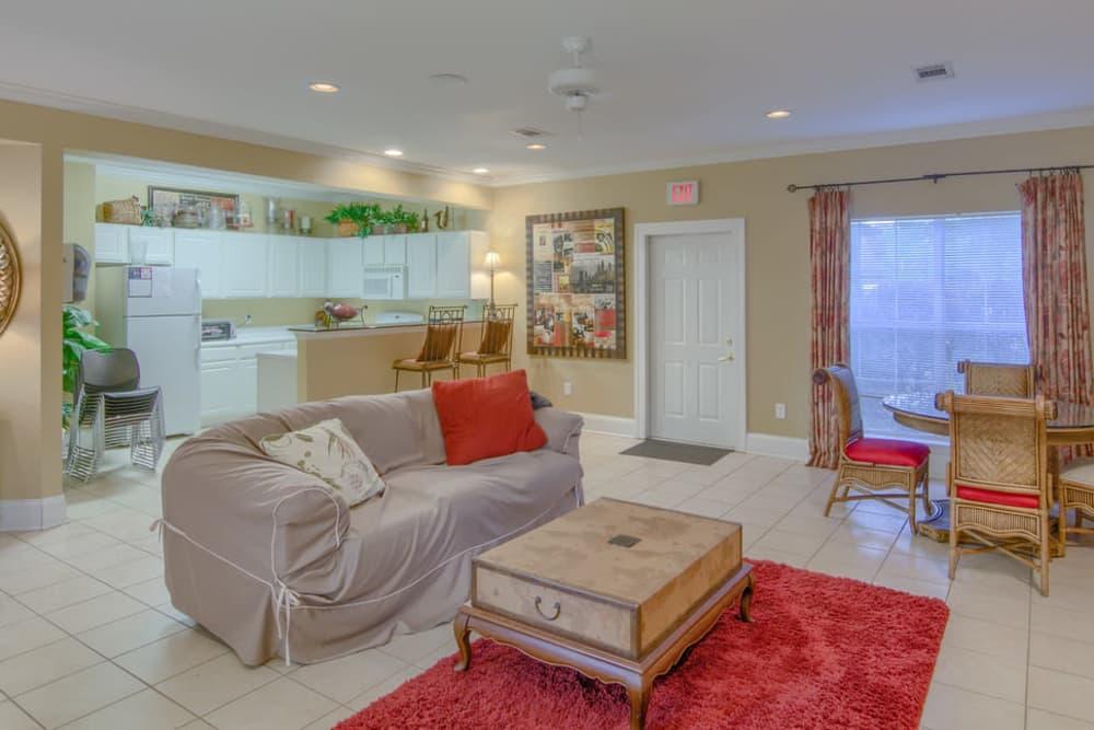 Luxury living room at Twin Oaks in Hattiesburg, Mississippi