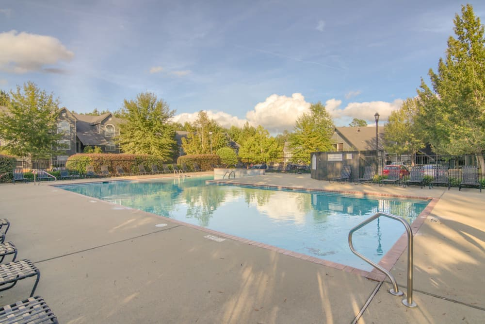 Luxury swimming pool at Twin Oaks in Hattiesburg, Mississippi