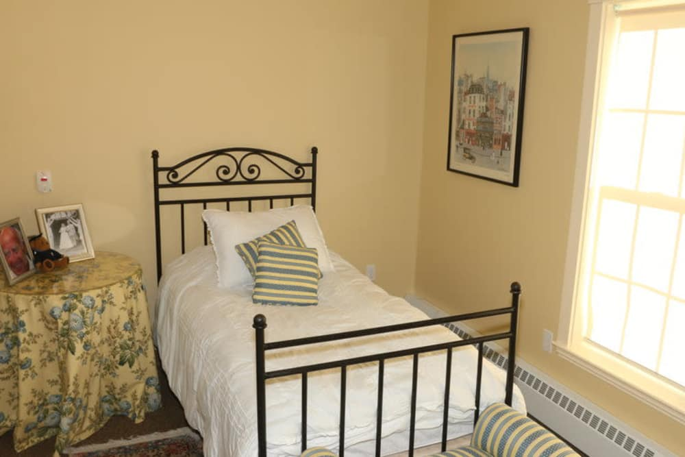 Bed at Evolve at Rye in Rye, New Hampshire