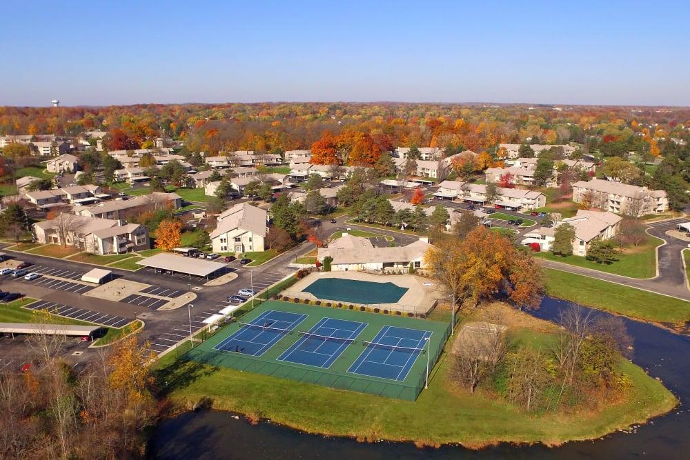 Aerial view of Farmington Hills, Michigan near Muirwood