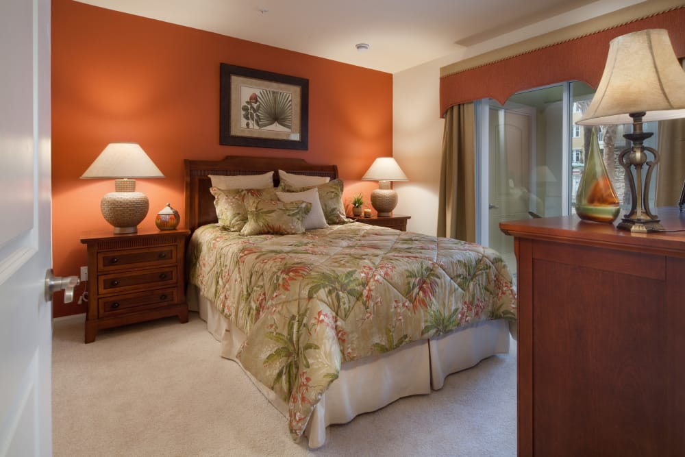 Master bedroom in Orange City, Florida at Villa Grande on Saxon