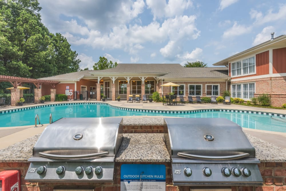 Barbecue area near the pool at 200 East in Durham, North Carolina