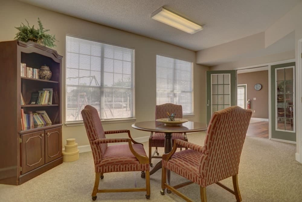 A quiet reading room in the leasing office at Etowah Village Apartments in Cartersville, Georgia