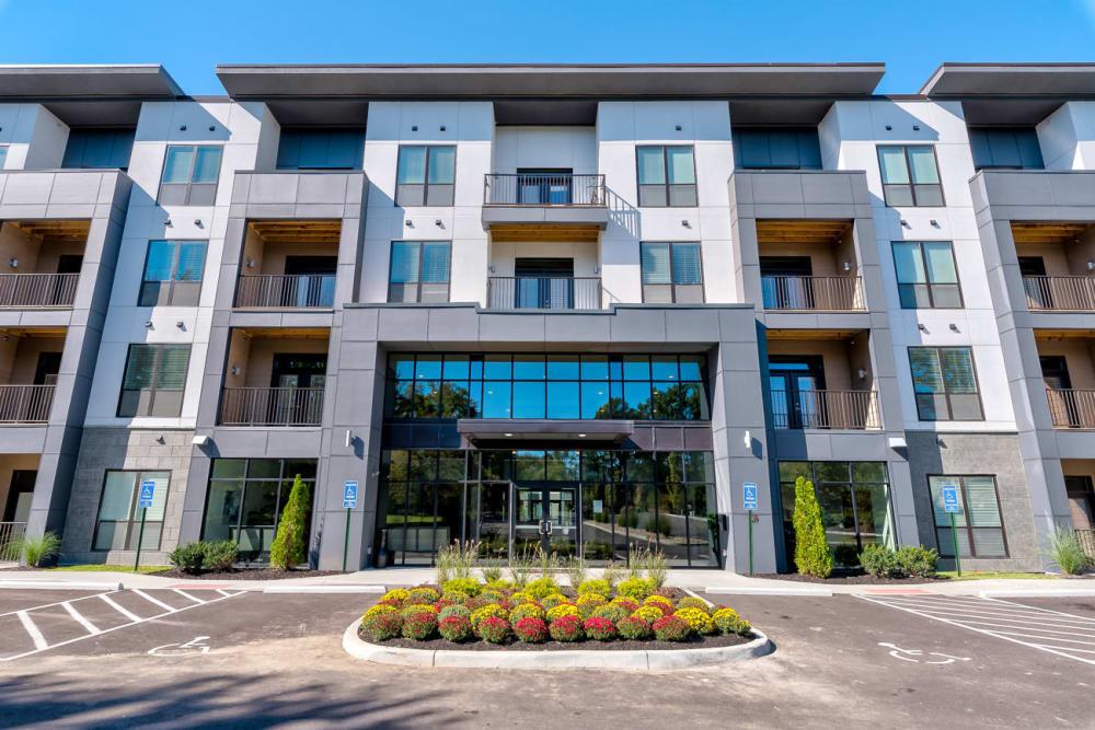 Eastside Cincinnati, OH Apartments | Echelon Luxury Apartments