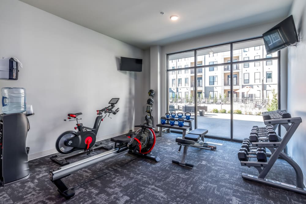 Fitness center at Echelon Luxury Apartments in Cincinnati, Ohio