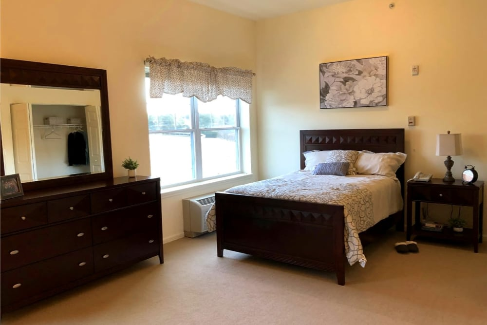 single bedroom at The Birches at Harleysville in Harleysville, Pennsylvania