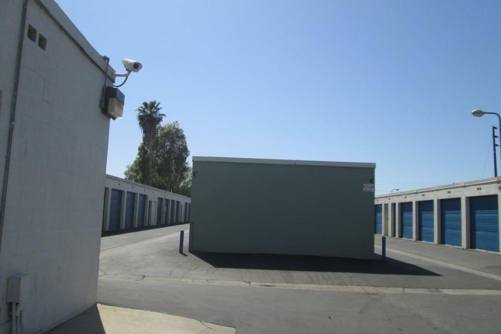 Exterior Storage Units at Storage Etc... Canoga Park