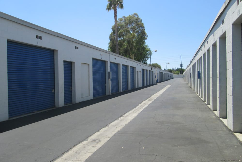 Drive Up Access Outdoor Storage Units at Storage Etc... Canoga Park
