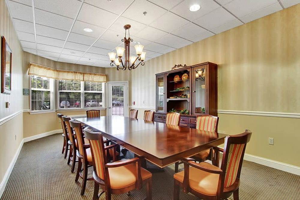 Private dining room for residents and their guests at Keystone Villa at Fleetwood in Blandon, Pennsylvania