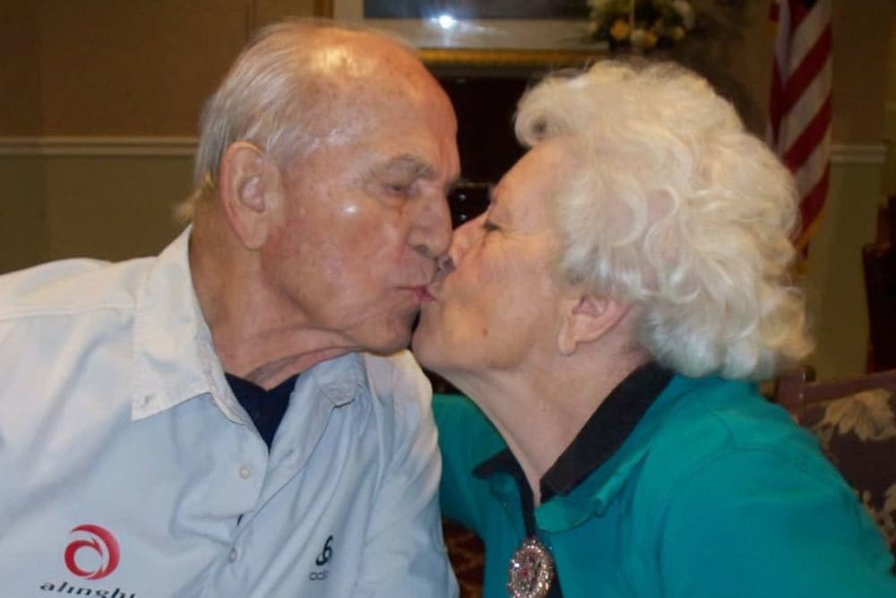 two residents kissing at Heritage Hill Senior Community in Weatherly, Pennsylvania