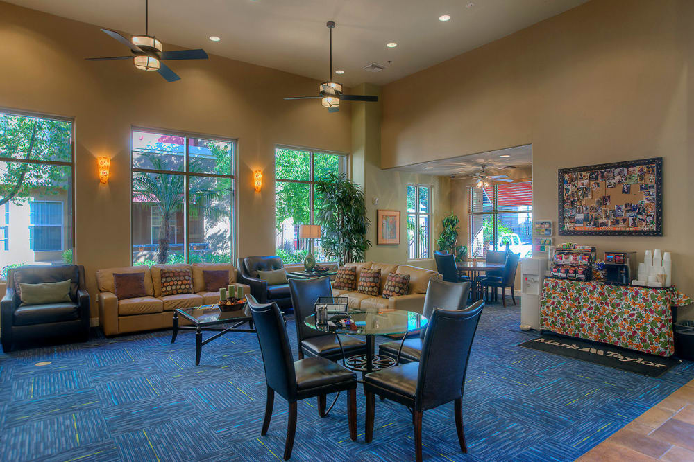 Community lounge with comfortable seating near Park on Bell in Phoenix, Arizona