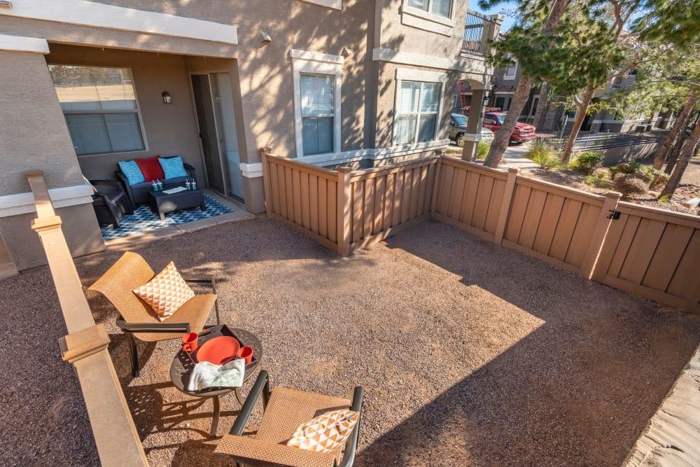 Enjoy Apartments with Backyards at Villas on Hampton Avenue in Mesa, Arizona