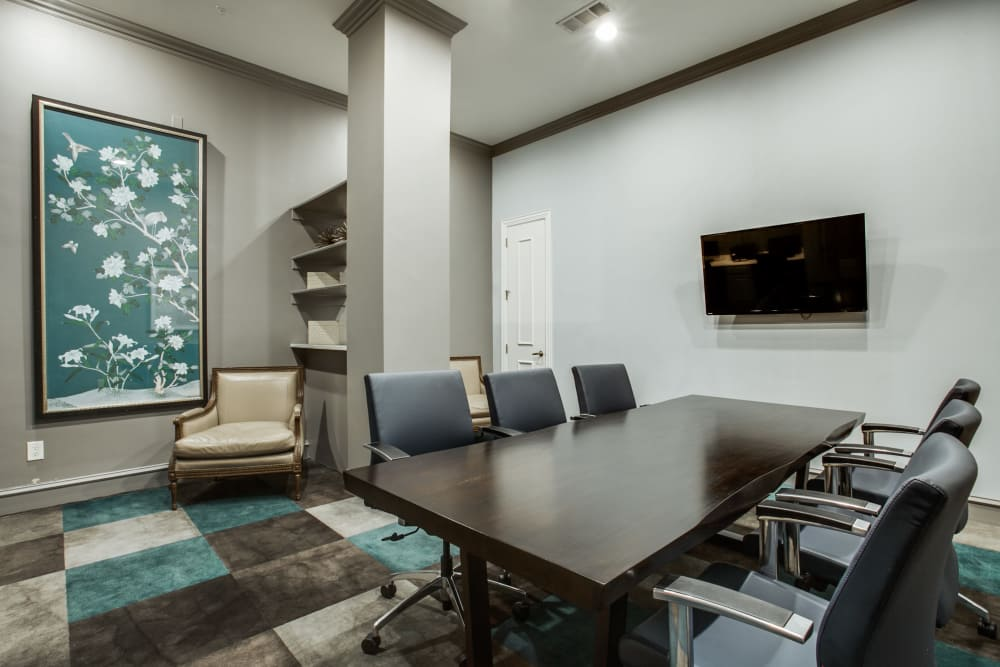 Conference room at Rienzi at Turtle Creek Apartments in Dallas, Texas