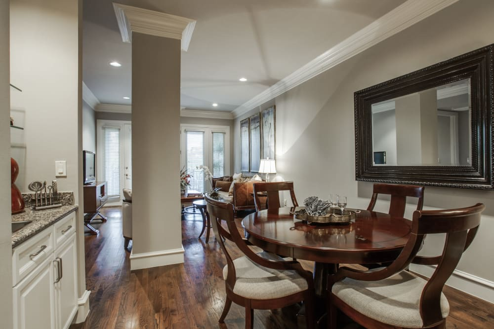 Dining room at Rienzi at Turtle Creek Apartments in Dallas, Texas