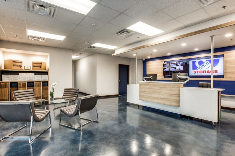 Front office at Advantage Storage - Arlington in Texas