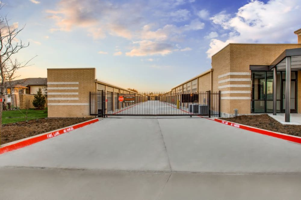 Front gate at Advantage Storage - Arlington in Texas