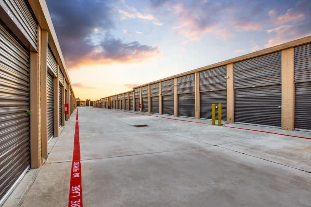 Exterior storage units at Advantage Storage - Arlington in Texas