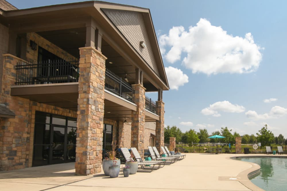 Enjoy Apartments with a Swimming Pool at The Grove at Stone Park
